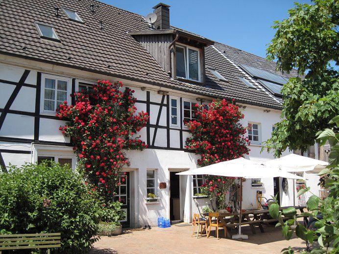 Der Schepershof Ist Einer Der 5 Biobauernhofe Im Windrather Tal Mit Hofladen Draussen Hofladen Ausflug