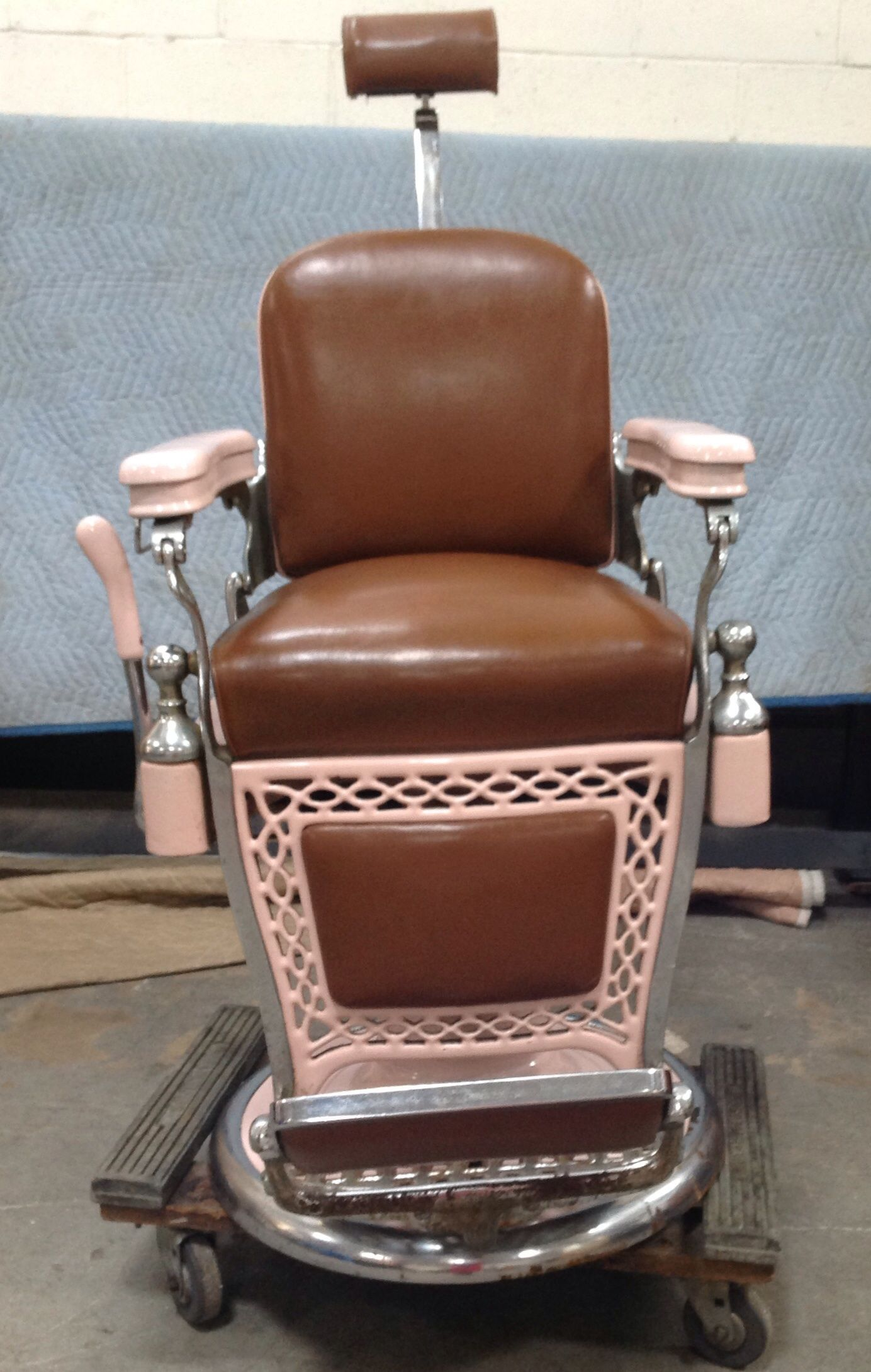 Tattooing Chairs For Sale Pc Gaming Chair Amazon Awesome Vintage Emil J Paidar Barber March 2