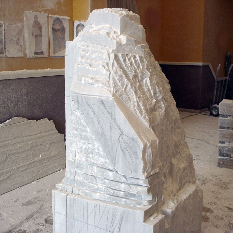 Dibujo sobre bloque m rmol detalle para talla proceso for Como pulir marmol blanco