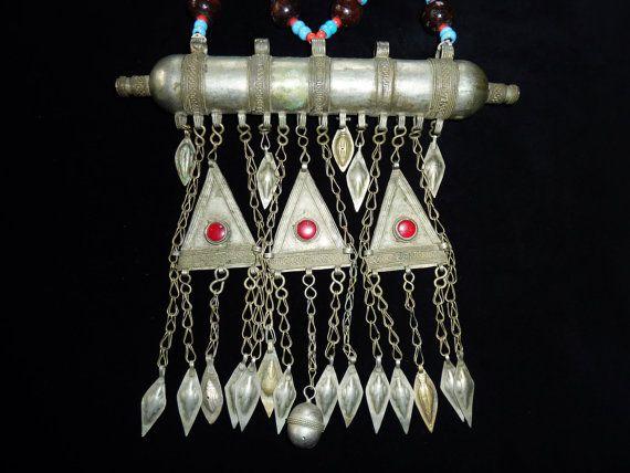Turkmenischer Brustschmuck Tribal-Halskette von neemaheTribal