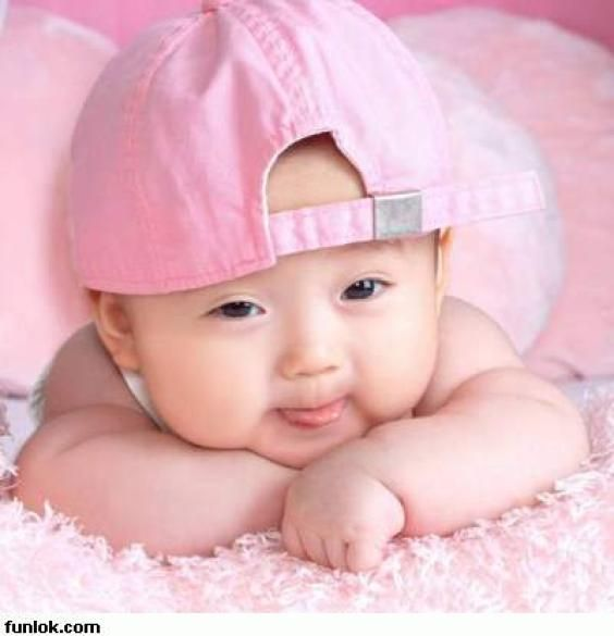 Google Image Result For Http 4photos Net Photosv2 Cute Wallpapers 1274787603 Cute Baby Wallpaper Funny Baby Pictures Cute Baby Photos