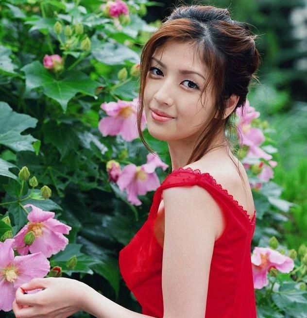 middle village asian women dating site Someone you can love is nearby browse profiles & photos of single asian women in flushing, ny join matchcom, the leader in online dating with more dates, more relationships and more marriages than any other dating site.