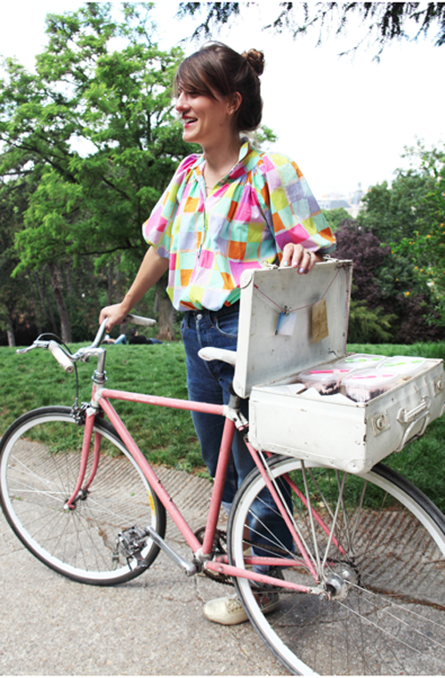 Bicycle sandwich delivery by Tifamade