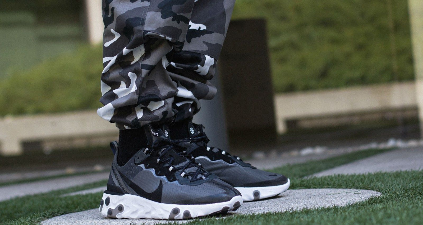 Nike React Element 87 Anthracite/Black