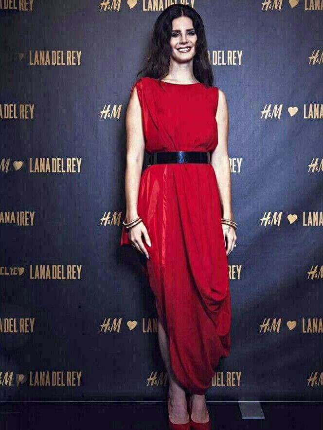 39++ Red dress on tonight information