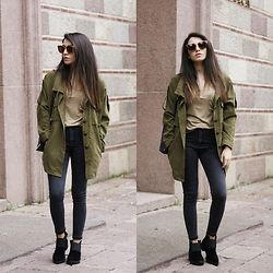 Melike Gül - Romwe Trench, Yoins Tshirt, H&M Jeans, Zerouv Sunnies - Suede Boots