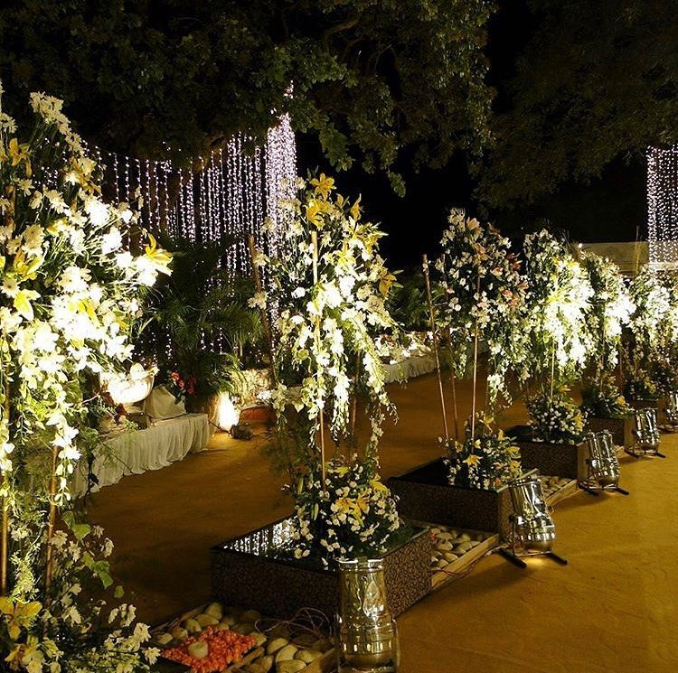 Garden Venues add charm and grace to auspicious occasions! Celebrate various occasions and event at Imperial Gardens for beautiful Garden Venues! Contact us on 8008556191 for bookings of venue or decor!