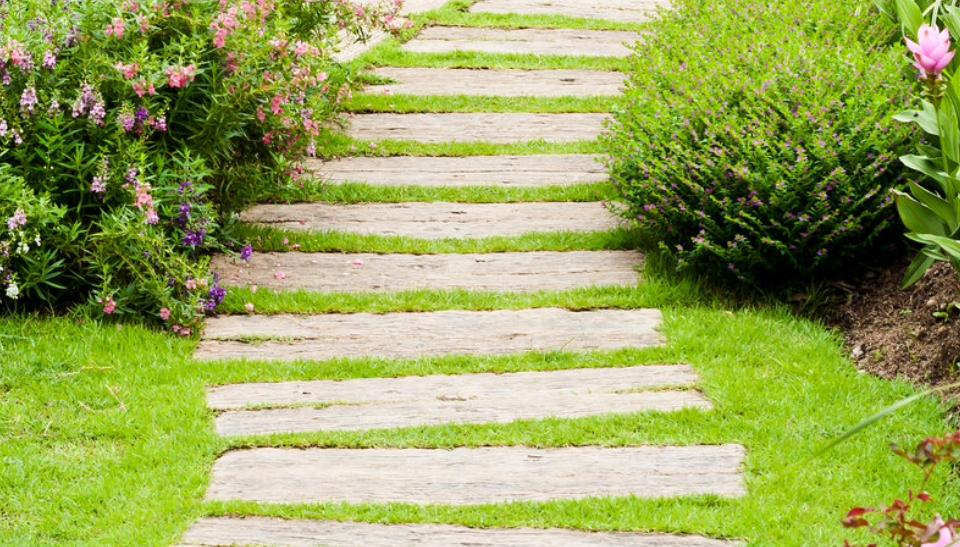 Camminamento Giardino Fai Da Te.V Di Vialetti Da Giardino Idee Per Sentieri Camminamenti E