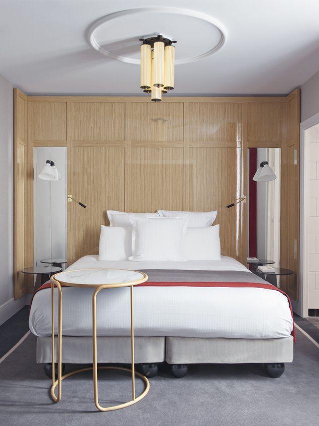 Minimalist Hotel Room: 19+ Uplifting Minimalist Interior Bookshelf Ideas