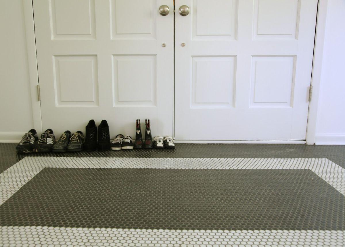 Entryway Penny Tiles Floor Design Home Decorating Trends Homedit