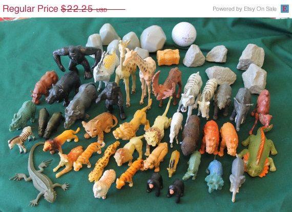 Large Vintage Lot Of Plastic Toy Animals Mini Animal Toys Zoo