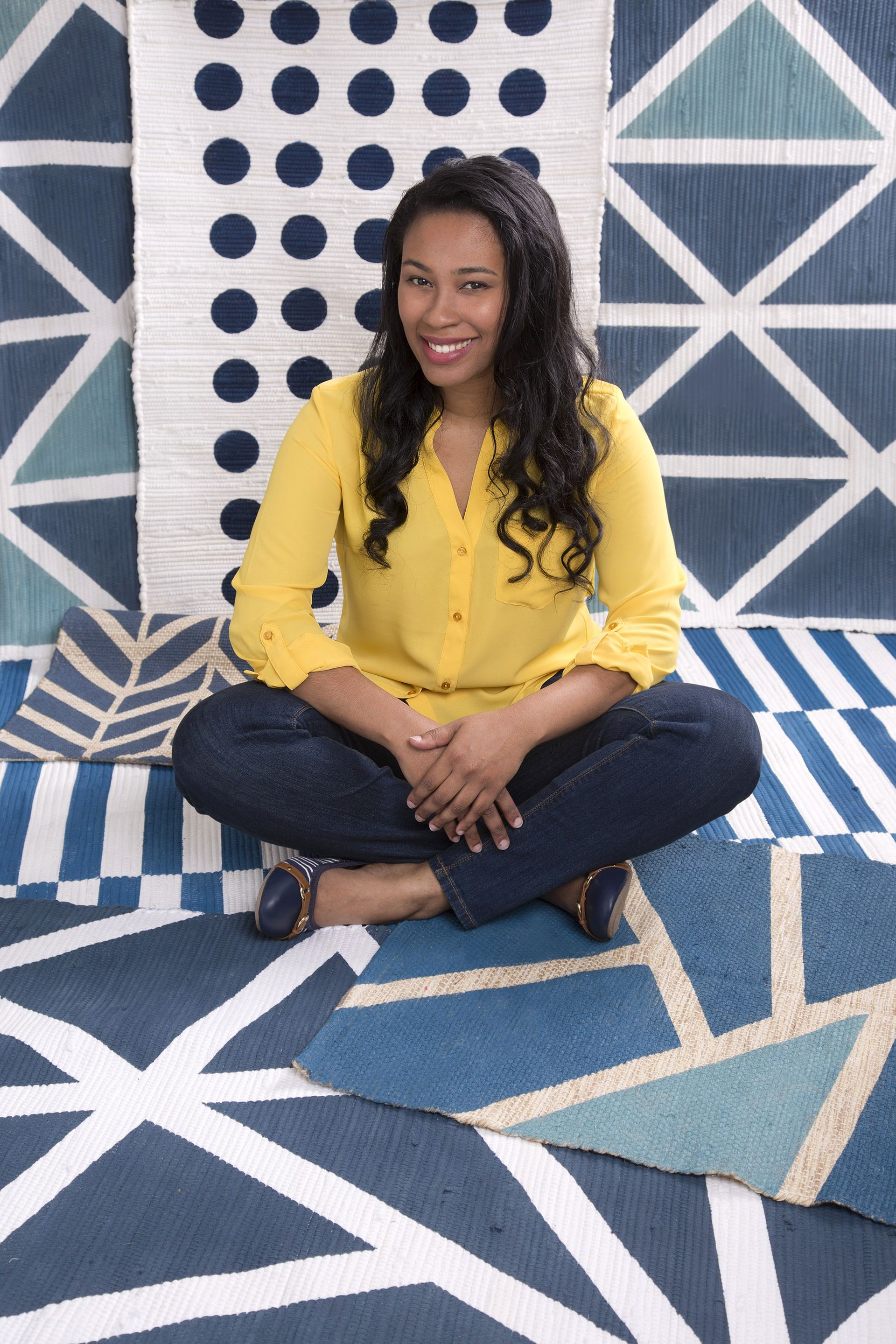 5 Quick Tips for Painting a Rug Like a Pro | DIY ...