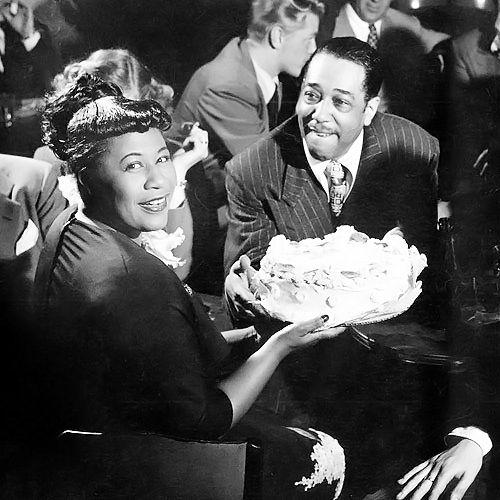 Resultado de imagen para Duke Ellington con Ella FitzgeraldyBillie Holiday.