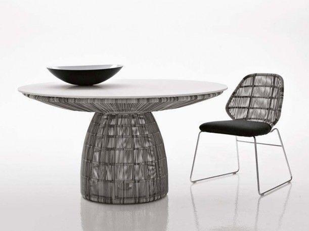 Crinoline Outdoor table designed by Patricia Urquiola for B&B ITALIA OUTDOOR.    http://santiccioli.com/en/collections/?filter=product&name=crinoline-tavolo