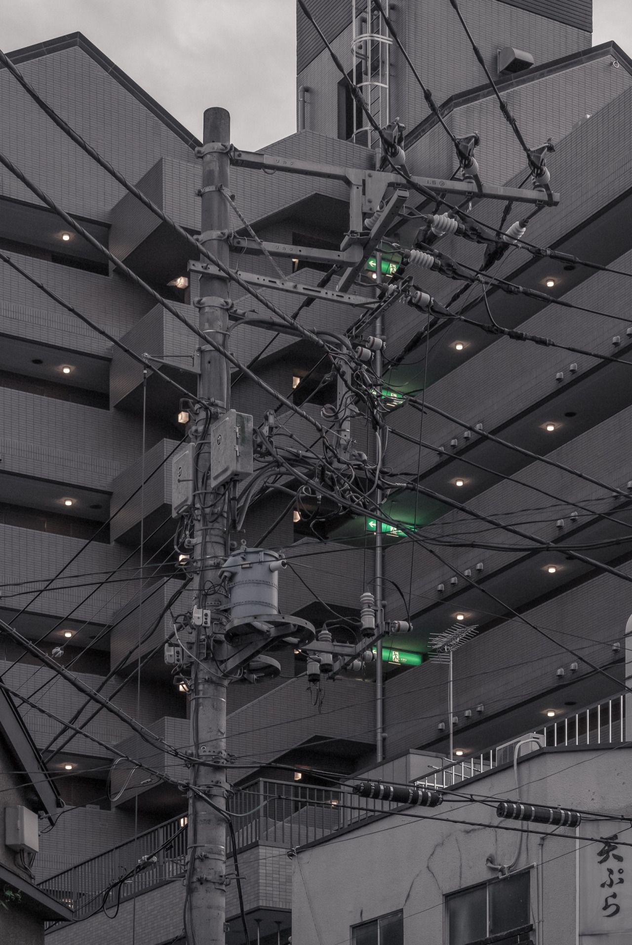 Exits, Sumida-ku, Tokyo | © Jan Vranovský, 2016