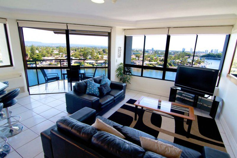 Surfers Hawaiian Holiday Apartments 1 Bedroom Apartment Holiday Apartments Surfers Paradise