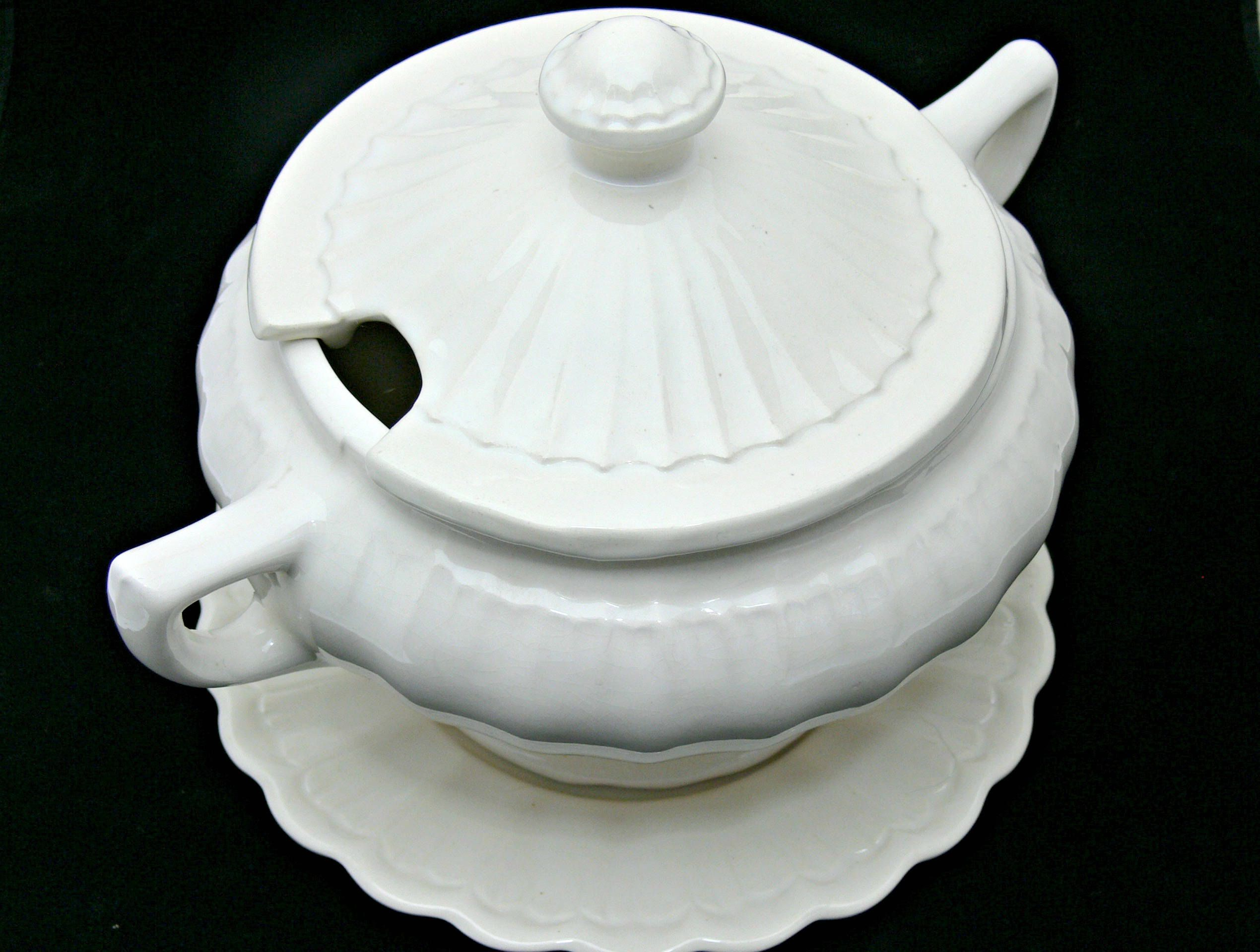 White Soup Tureen - Vintage California USA Pottery - Farmhouse ...