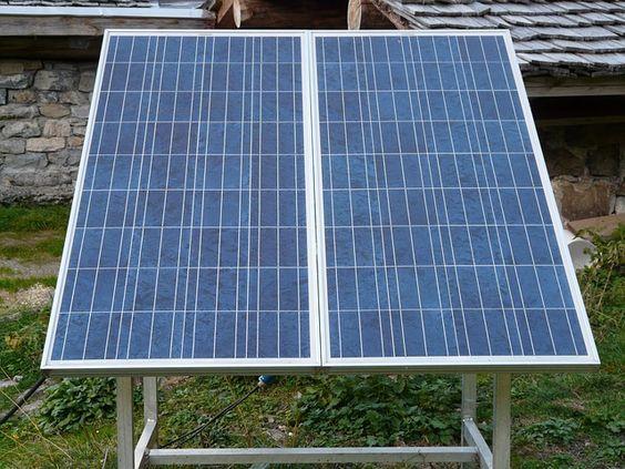 plug in solarmodule f r die steckdose einfach mal machen solar solaranlage und sonnenenergie. Black Bedroom Furniture Sets. Home Design Ideas