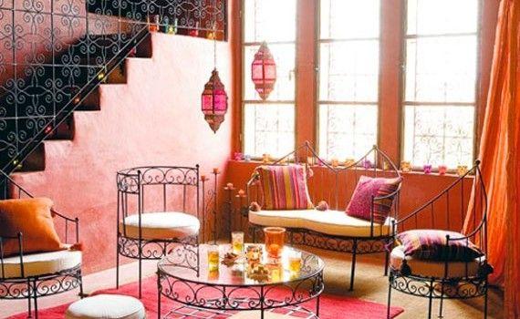 Marokkaanse kleuren in een Arabisch interieur haal de