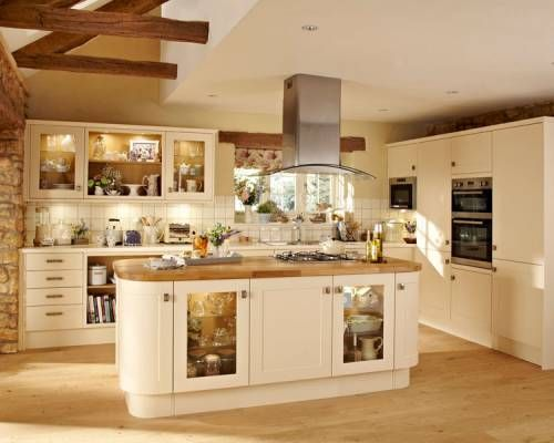 Burford cream burford kitchen families kitchen collection howdens joinery