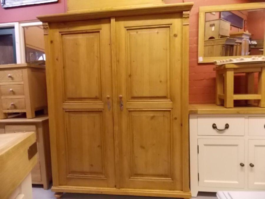Wunderbar Antike Kleiderschränke Galerie - Die Kinderzimmer Design ...