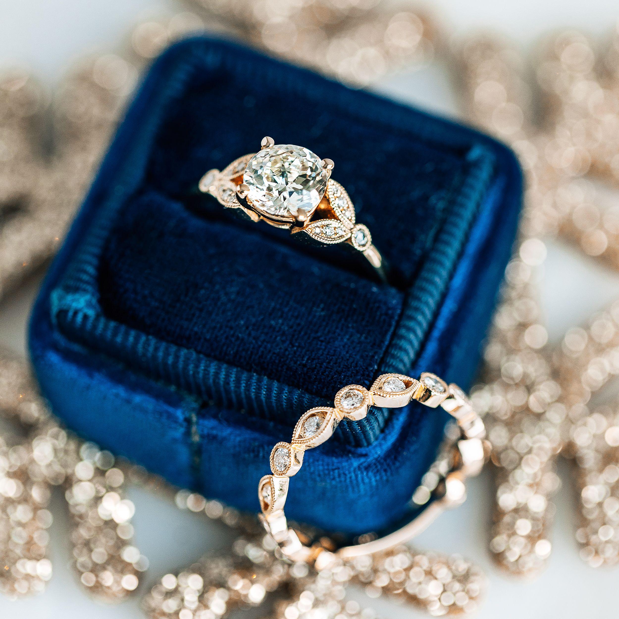 Stunning Crown Jubilee Diamond Engagement Ring Set In 18k Yellow