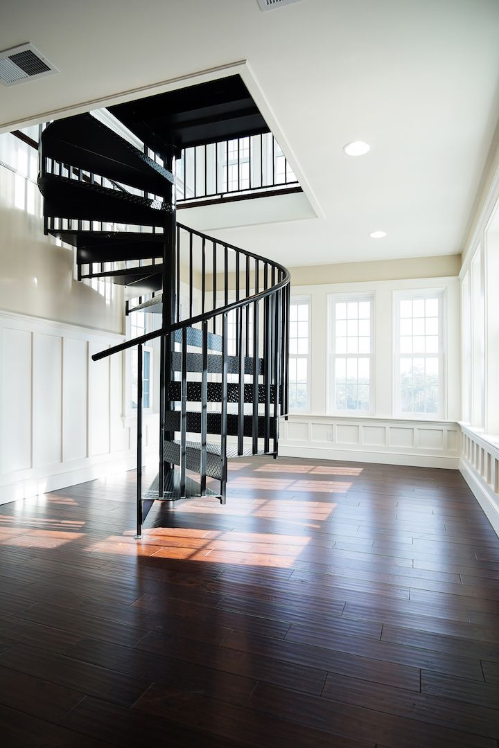 Best Residential Spiral Stair Install Nc Stairs Staircase 400 x 300