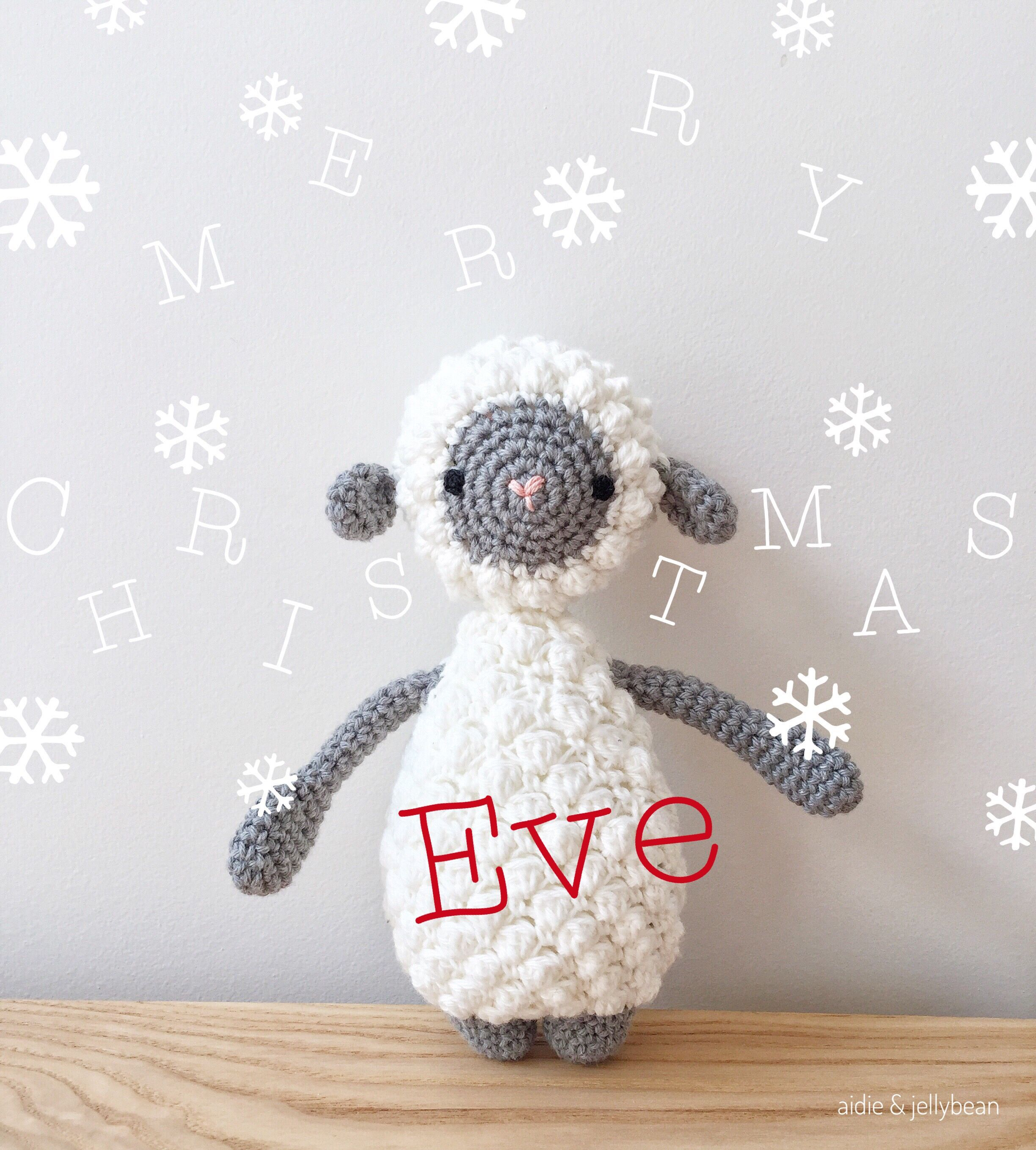 Happy Christmas Eve❄wishing everyone a safe and happy holiday season🎄#amigurumi #sheep #handmade #aidieandjellybean #almostchristmas #christmaseve