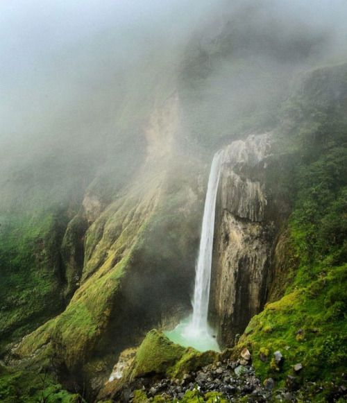 Mystical Penimbungan Lombok  Beautifully captured by ...