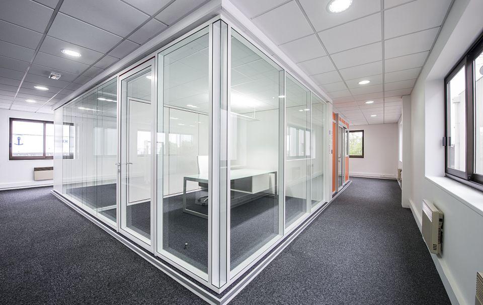 Tiaso gamme first cloison amovible vitr couvre joint - Porte a galandage epaisseur cloison ...