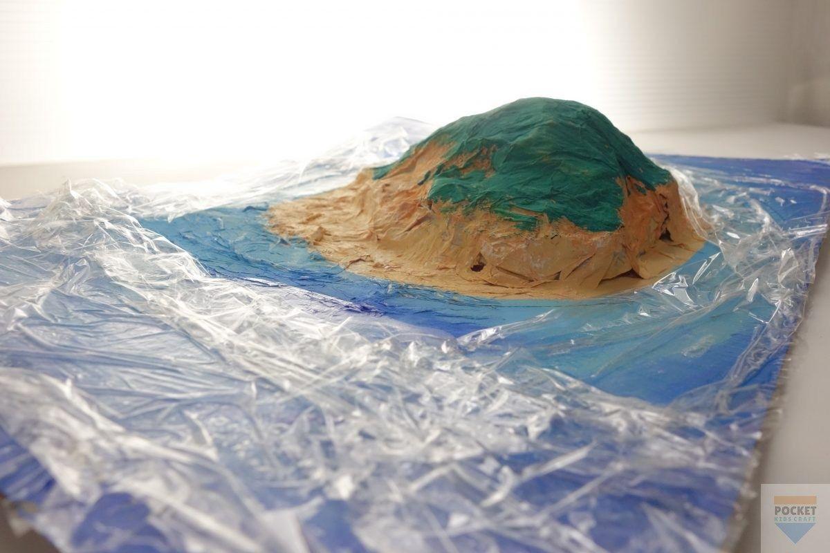 小学生低学年の自由工作に ダンボールの 簡単ジオラマ 作り方