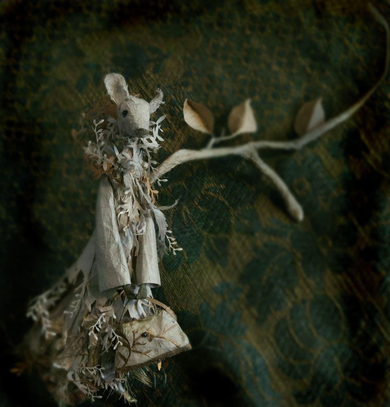 Biche, hind, paper work By MissClara Photo Dieter Krehbiel