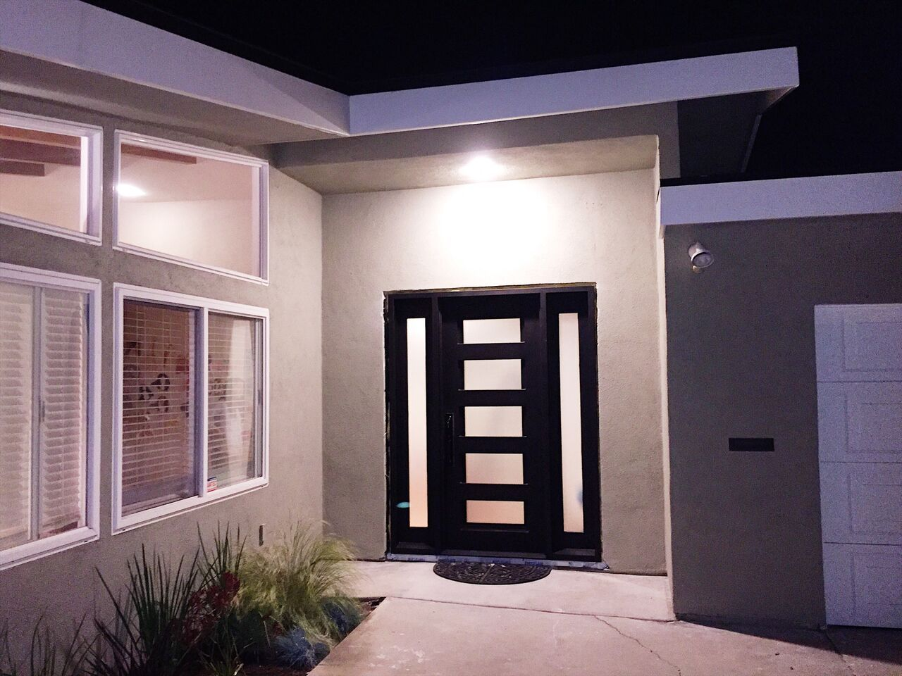 Modern Iron Door With Sidelights Pinky S Iron Doors Iron Doors Wrought Iron Doors Iron Entry Doors