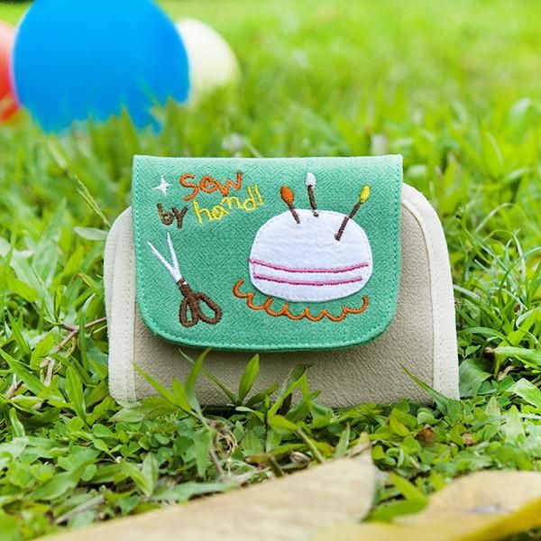 [Sew By Hand] Embroidered Card Holder / Coin Purse Wallet - Oxemize.com