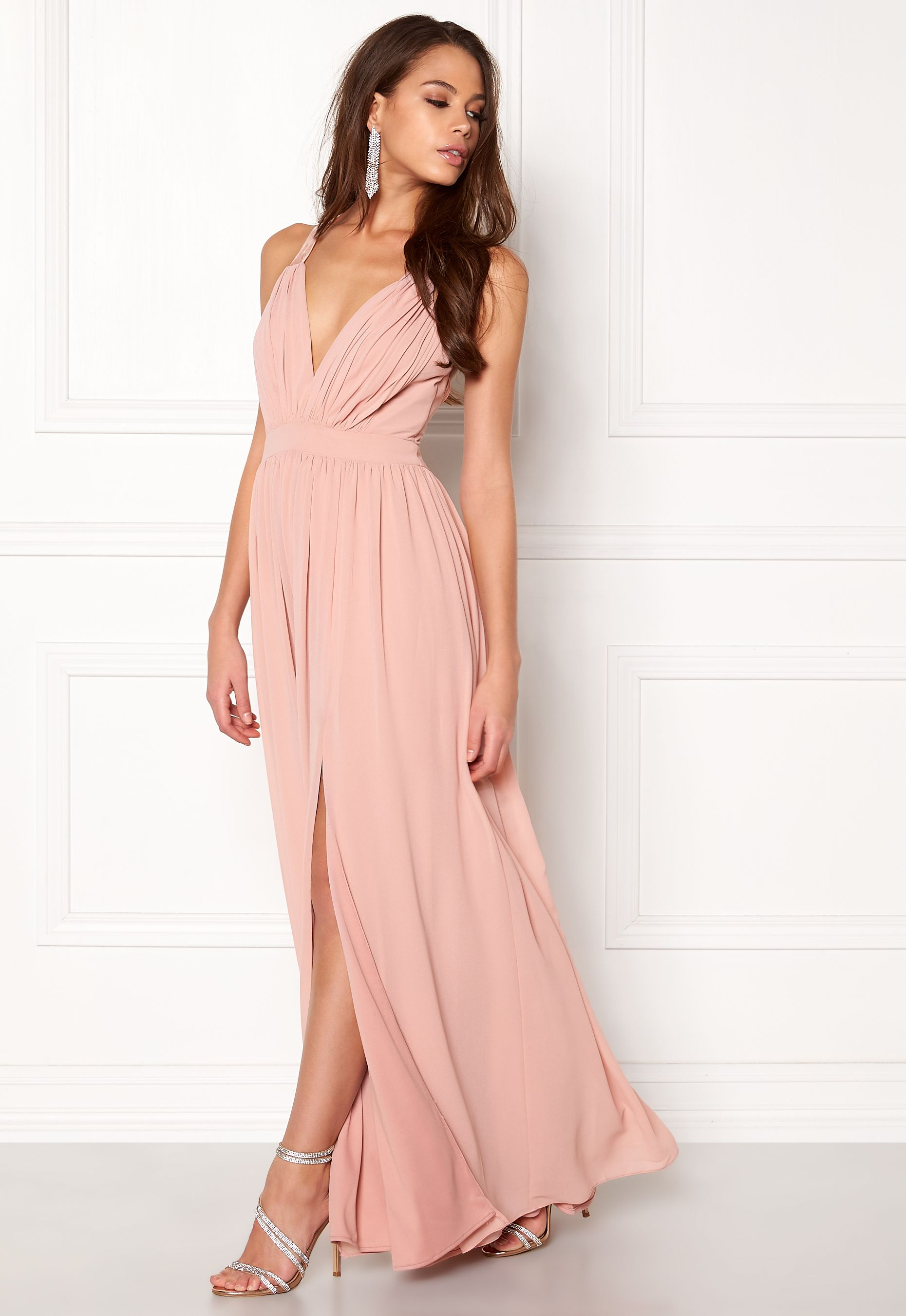 6d96b604db01 Make Way Jonna Maxi Dress Dusty pink - Bubbleroom | balklänningar ...