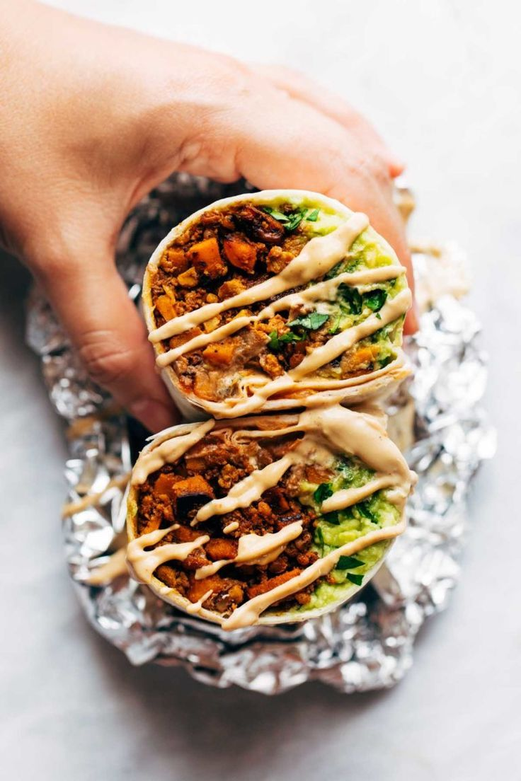 Vegan Mega-Burritos - Pinch of Yum #eatinggood