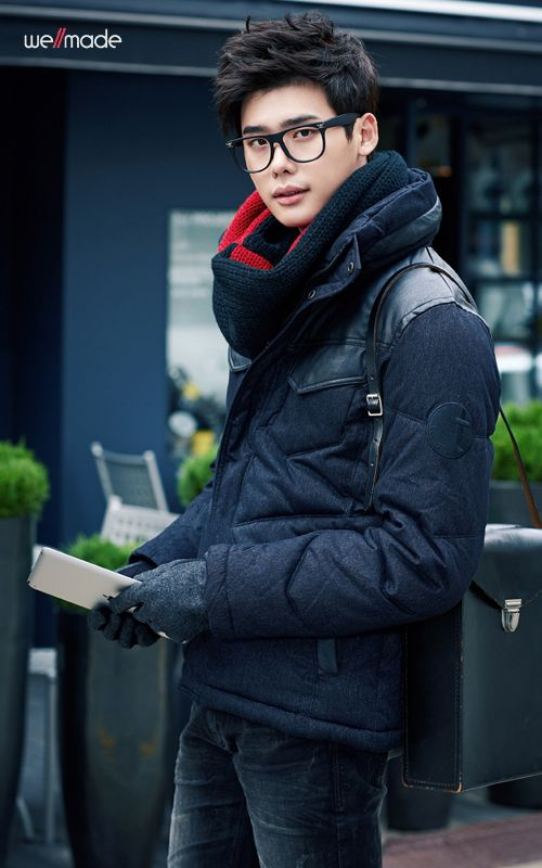 f741df767be lee jong suk. asian men and their glasses  3 Like the pic