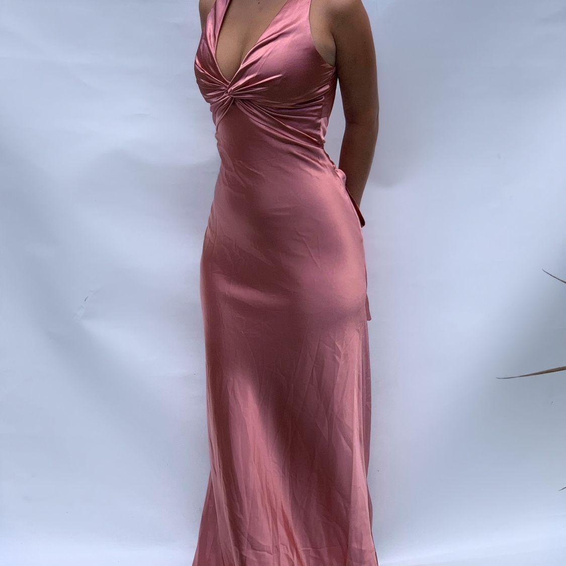Gorgeous Pink Silk Early 2000s Vintage Dress Depop In 2021 Ball Dresses Dresses Vintage Formal Dresses [ 1125 x 1125 Pixel ]