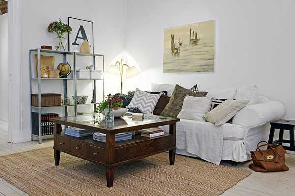 Breezy Interior Design with Vintage Furniture and White Decorating ...