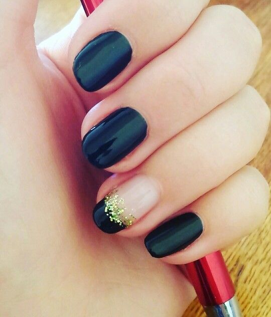 Black french gel nails with glitter