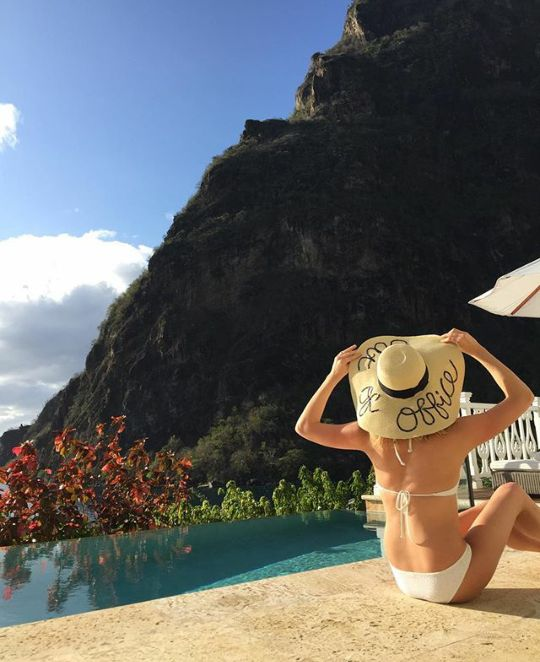 These Celebrity Instagrams Are Overflowing With Endless ...