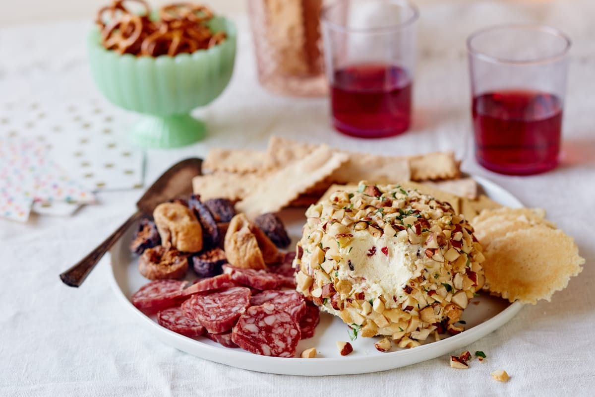 How To Make a Cheese Ball