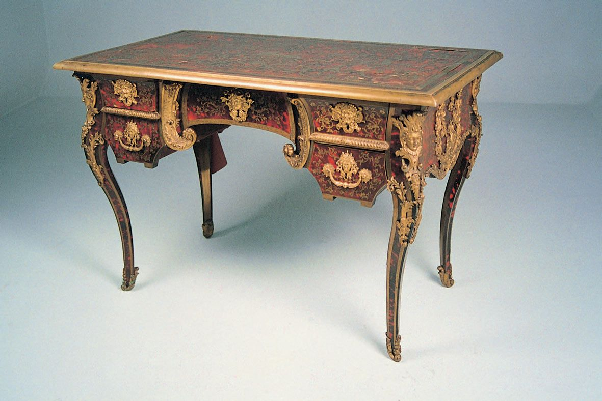Louis The 14th Furniture Louis Xiv Furniture Louiss Actual Desk Pictures