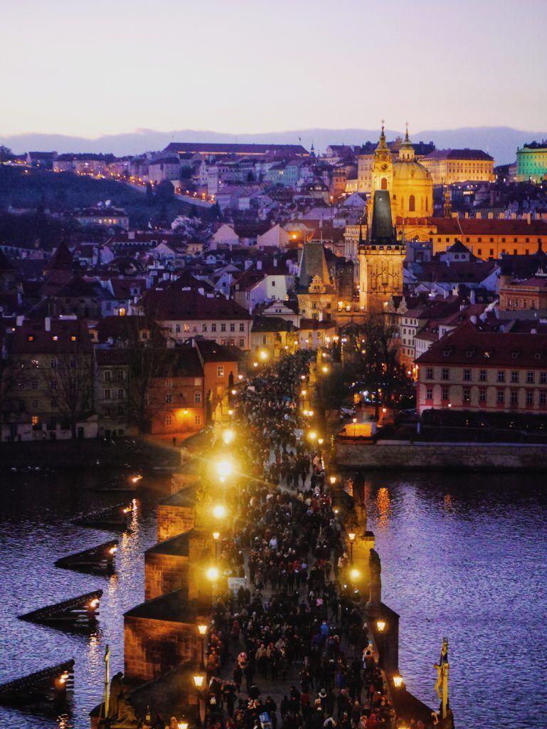 チャールズ橋の塔から見える絶景 Prague Czech Travel Travelblog Travelblogger Europe チェコ プラハ ヨーロッパ 旅行 トラベルブログ 写真 プラハ 旅行 観光地