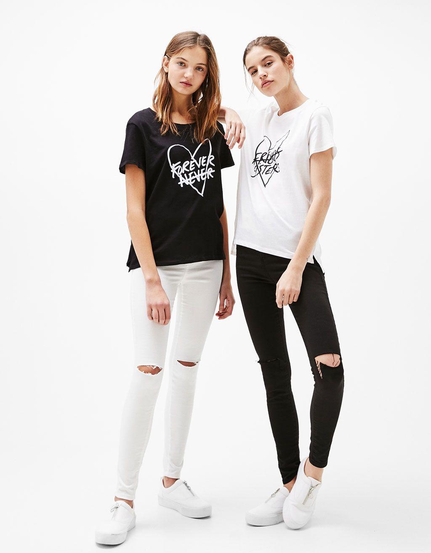 ee1b9e615cc77 Camiseta estampada Forever Sister - Camisetas - Bershka Mexico
