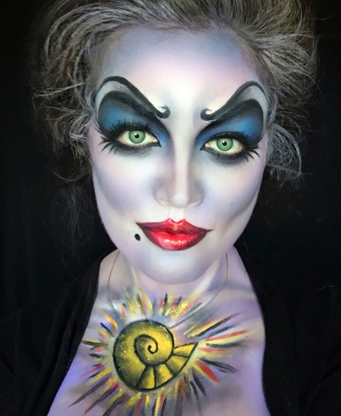 Make up Ursula little mermaid … in 2020 Disney makeup