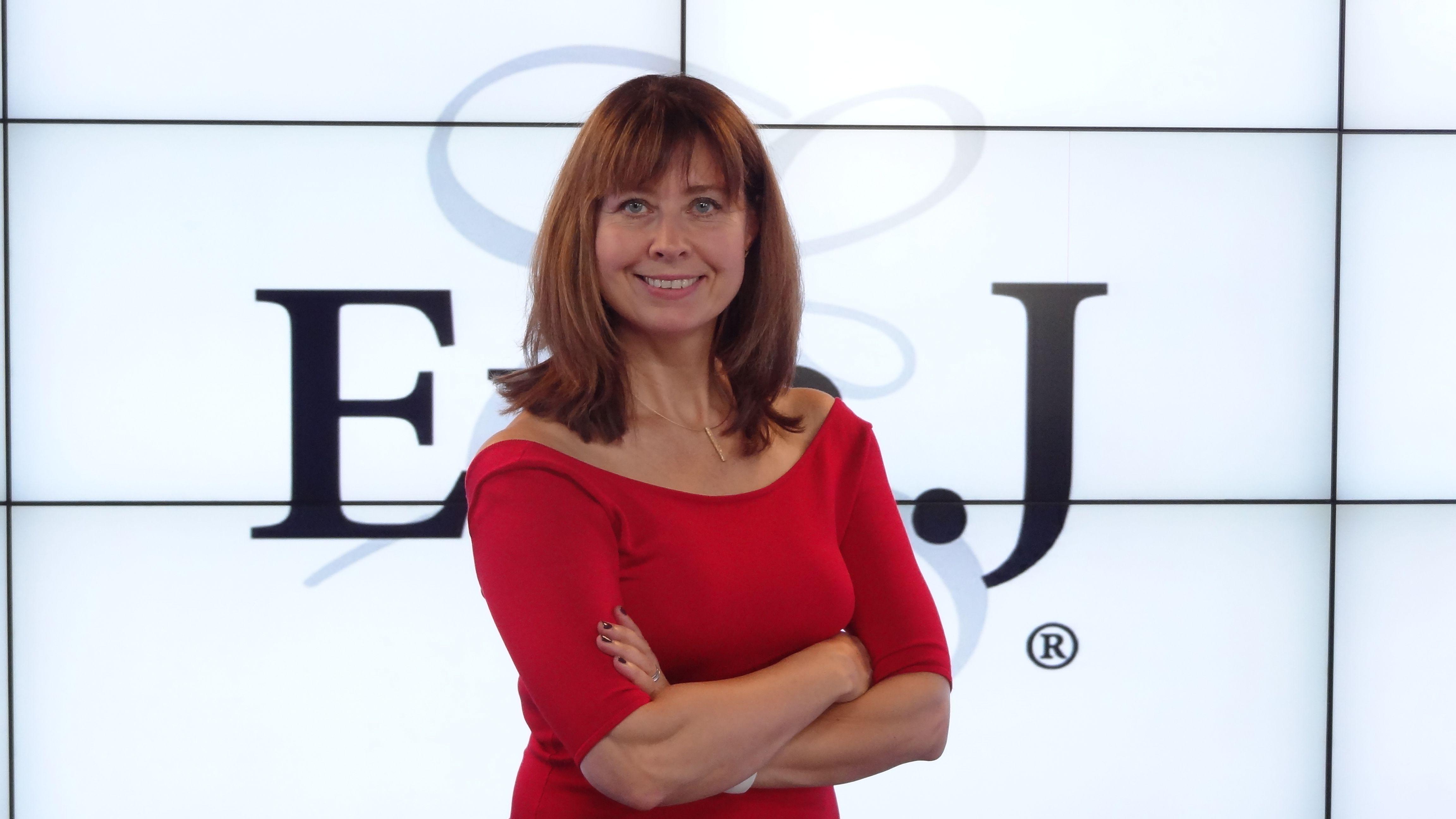 Eva Johnston stellt ihr neue Produktlinie Eva J. vor - Pro Aging ist ihr Schlagwort