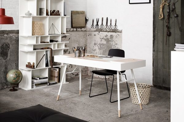 With a sophisticated and contemporary aesthetic, Cupertino from BoConcept is much more than just a mere desk.