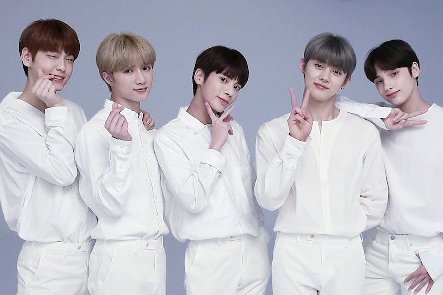 Txt Has Announced A Change In Upcoming Plans On August 8 Big Hit Entertainment Announced Through Social Media That Soobin Was Txt Kindergarten Abc Comebacks