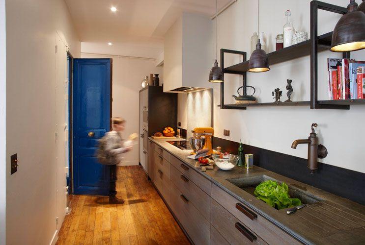 gain de place une cuisine xavie z dans l entr e gain de place inspiration cuisine et. Black Bedroom Furniture Sets. Home Design Ideas